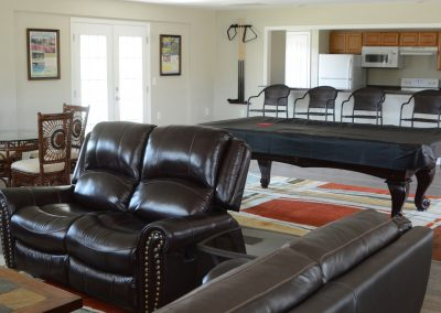 CAMPGROUND CLUBHOUSE[4][1]